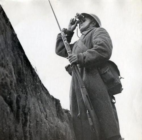 Soldat soviétique_Leningrad.jpg
