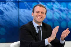Macron 3.jpg