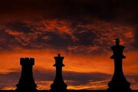 Pièces échecs.jpg