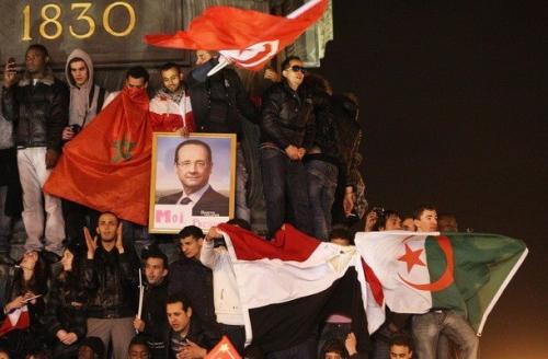 Hollande drapeaux étrangers.png