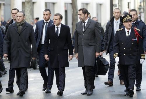 Macron_Dérive autoritaire.jpg
