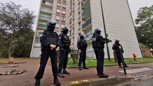 police_sens.jpg