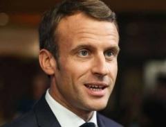 Macron_usure.jpg