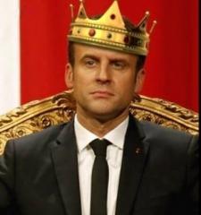 Macron_roi.jpg