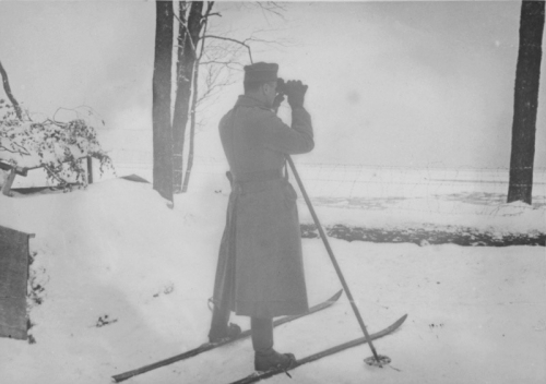 German Officier Leningrad.jpg