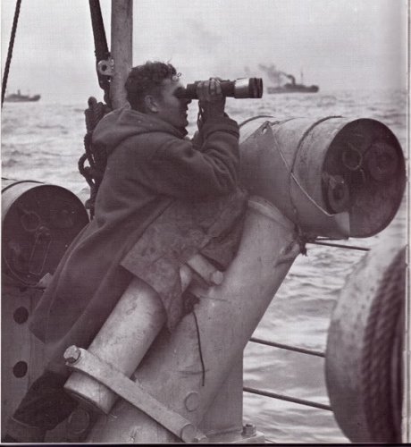 Observateur marine.jpg