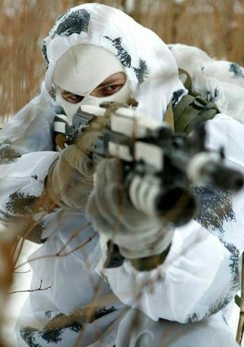 Sniper camouflage neige.jpg