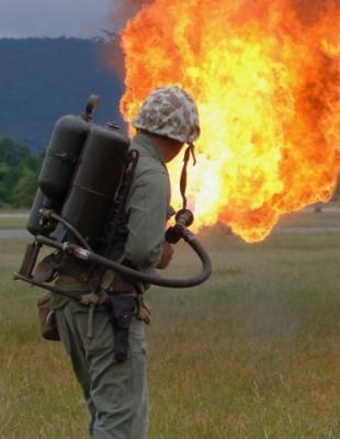Lance-flamme.jpg