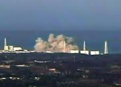 fukushima-explosion-12mar2011.jpg