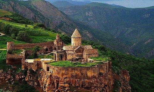 Arménie_Monastère.jpg