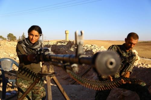 Combattante kurde.jpg