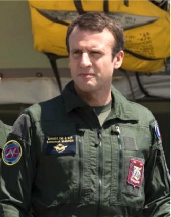Macron_Chef de guerre.jpg